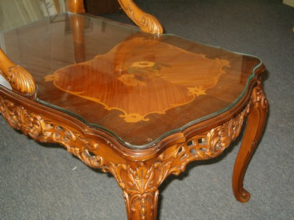 Custom Scalloped Glass Table Top